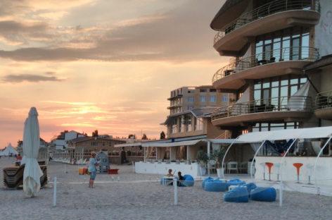 Отель Перлина в Коблево — первая линия. Выход на пляж. Фото, отзывы