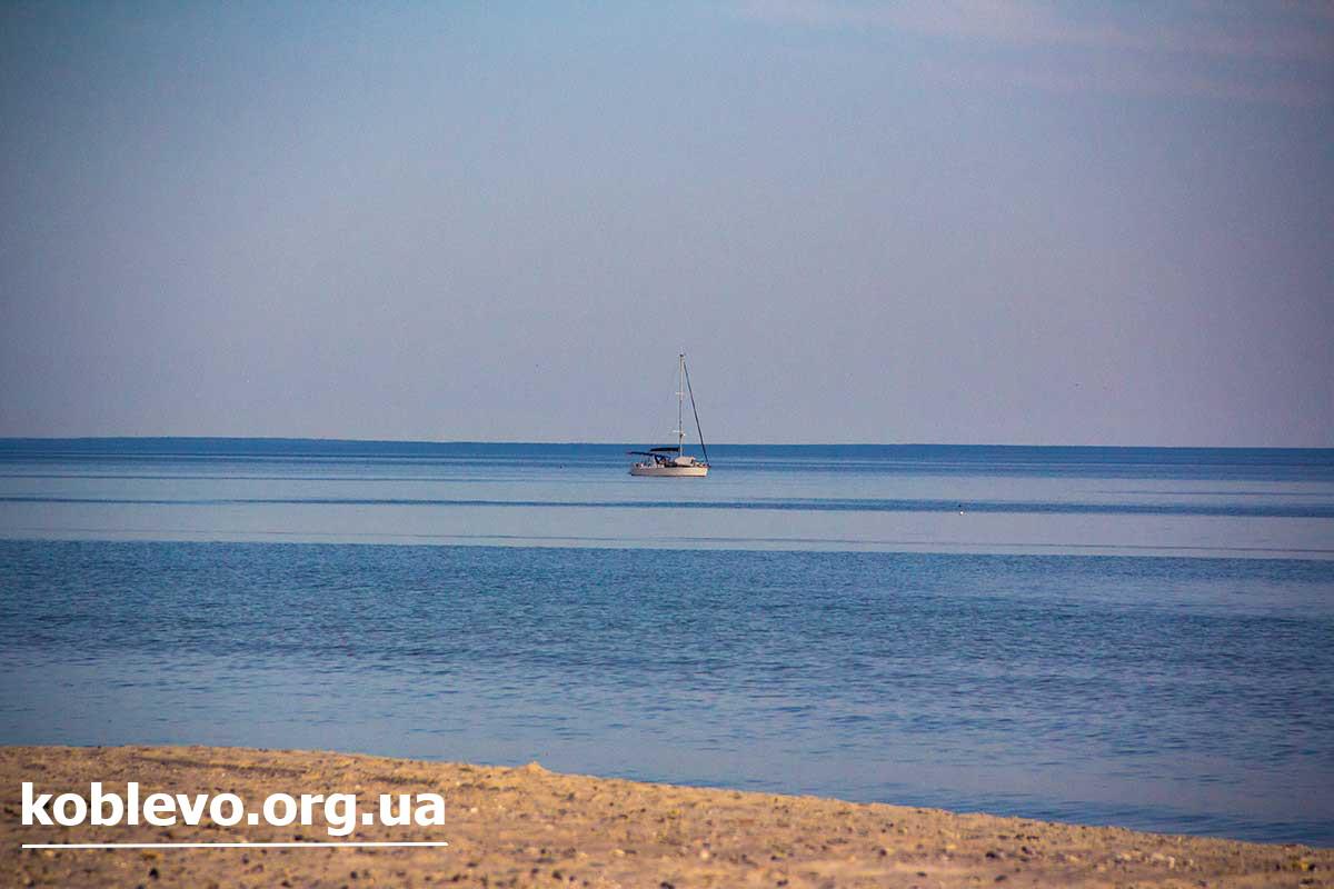 море берег коблево фото