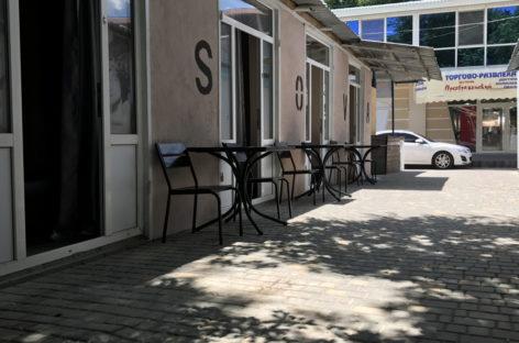 Мини-отель Sova. 50 метров от пляжа. В центре «молдавской» з/отдыха