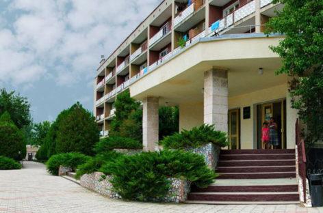 Отель Одесса — Коблево курорт. Вторая линия от моря. Инфо, отзывы, фото
