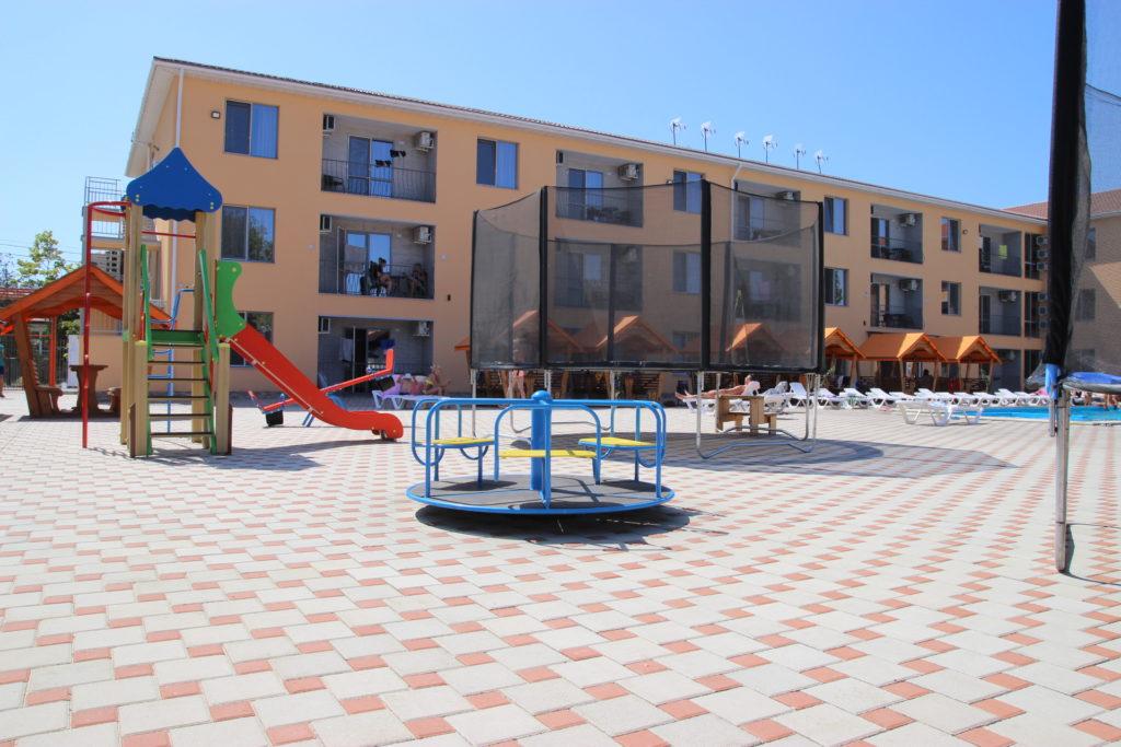 Детская площадка коблево
