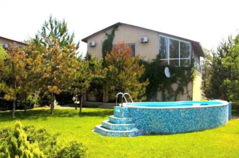 Продажа недвижимости в Коблево. Коттедж в кемпинге Сосновый Бор
