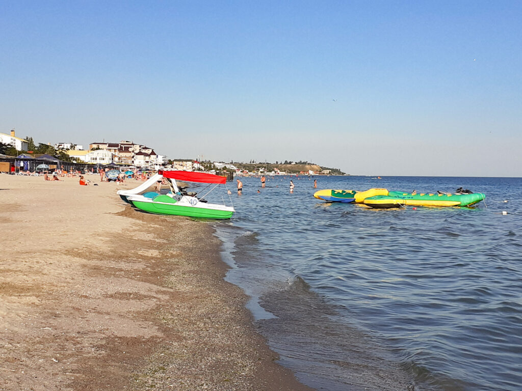 Море пляж коблево