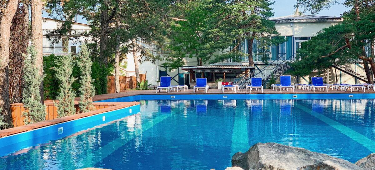 Vallen Park отель. Первая линия от моря, бассейн, выход на пляж, хвоя