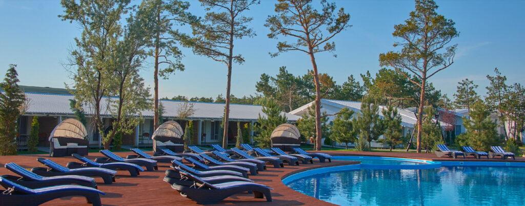 бассейн отель коблево
